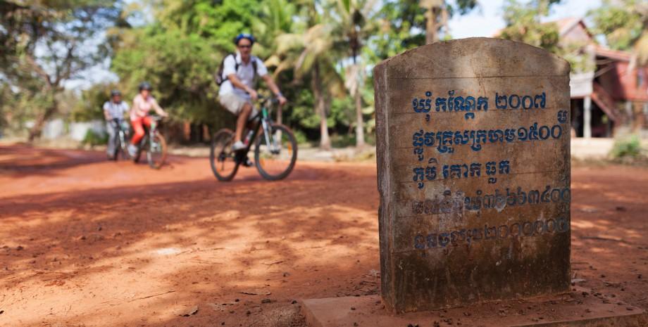Les temples en vélo