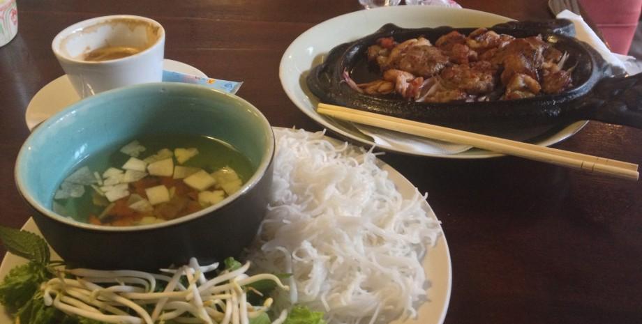 cours de cuisine hanoi d couvrez la vraie cuisine vietnamienne. Black Bedroom Furniture Sets. Home Design Ideas