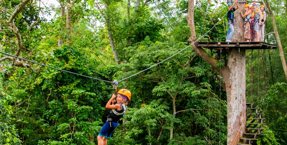 Aventure au « Flight of the Gibbon »