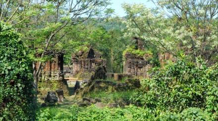 Le sanctuaire My Son et Hoi An